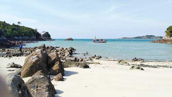 Pulau Jemur Rohil