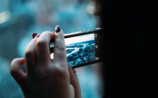 Cara Membuat Video Orang Kembar di Android