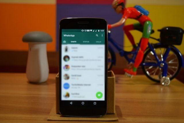 Cara Melihat Status dan Story WhatsApp Orang Lain Tanpa Ketahuan